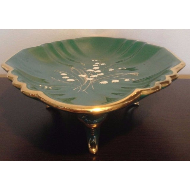 1930s Antique Egisto Fantechi Floral Majolica Porcelain Dish For Sale In New York - Image 6 of 12