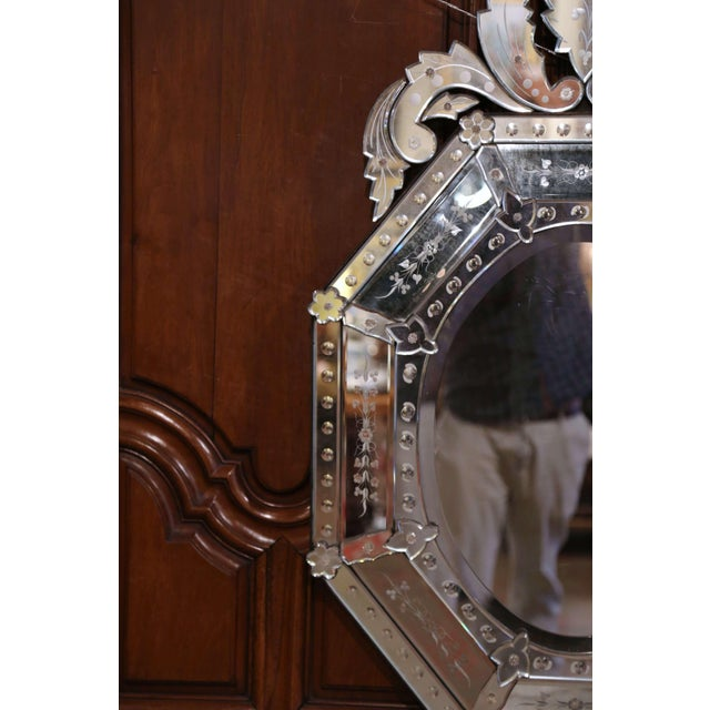 Early 20th Century Italian Venetian Octagonal Mirror With Painted Floral Etching For Sale In Dallas - Image 6 of 9