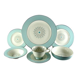 1950s Homer Laughlin Avalon Turquoise Starburst Atomic Dinnerware - 28 Piece Set For Sale