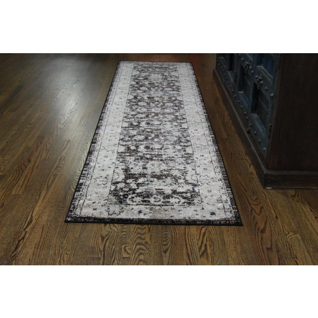 "Distressed Vintage Floral Rug - 2'8"" x 5' - Image 4 of 4"