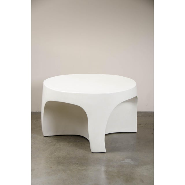 2010s Cream Lacquer Curve Table by Robert Kuo, Limited Edition For Sale - Image 5 of 5