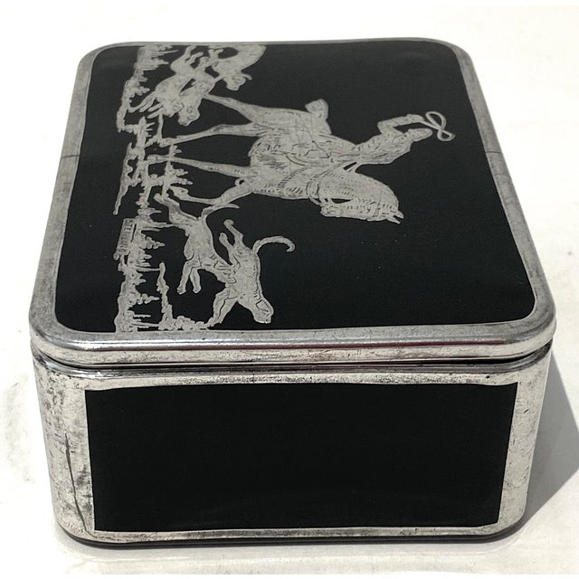 1920s Art Deco English Sterling Silver Black Glass Box Fox Hunt For Sale - Image 5 of 13