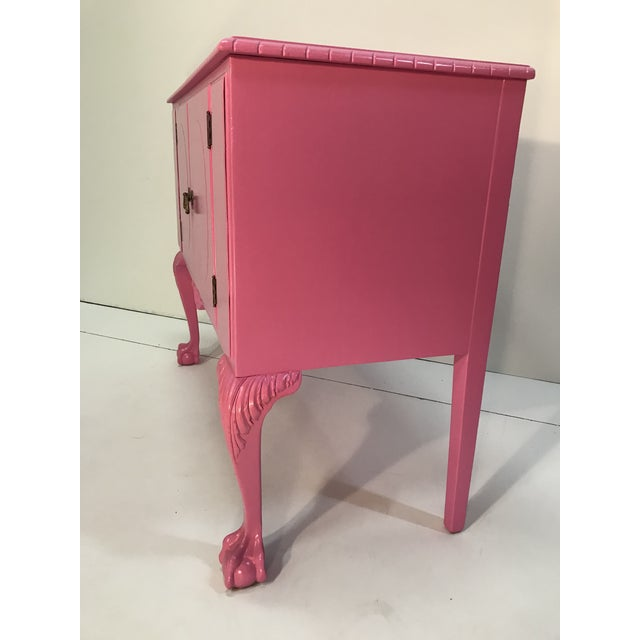 1940s Vintage Pink Painted 1940s Chippendale Revival Claw and Ball Foot Cabriole Legs Server Console Mahogany For Sale - Image 5 of 11