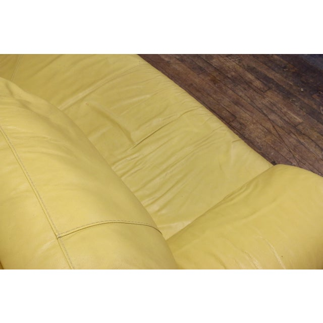 Vintage Mid-Century Modern Nicoletti Italian Leather Canary Yellow Low Daybed For Sale In Philadelphia - Image 6 of 12