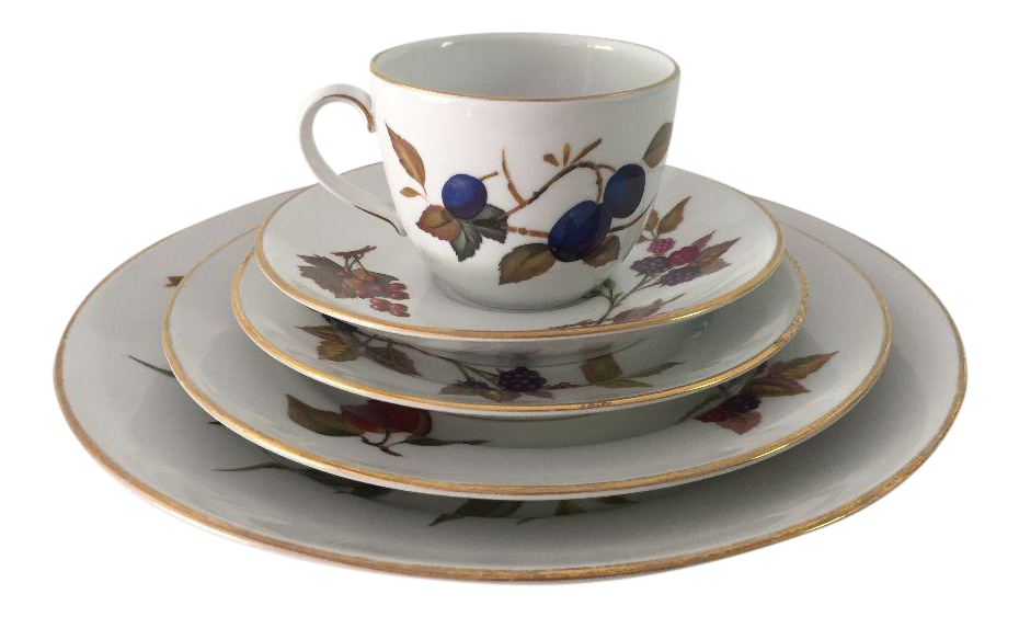 Vintage Royal Worcester Fine Porcelain 5 Piece Set For Sale