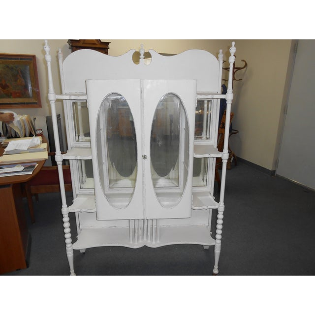 White Vintage Display Cabinet - Image 2 of 6