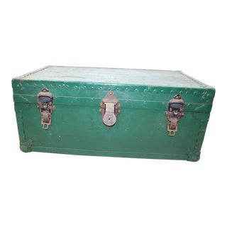 1930s Vintage William Bal Co Fibre Green Trunk For Sale