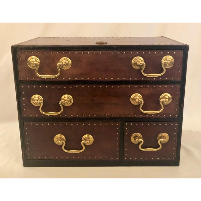 "Early 20th Century Antique English ""Regimental"" Leather and Brass File Box, 100 Years Old For Sale - Image 5 of 5"