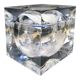 1970s Alessandro Albrizzi Ice Bucket With Incised Globe in Lucite For Sale
