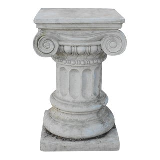 20th Century Neoclassical Concrete Outdoor Garden Planter Pedestal Column For Sale