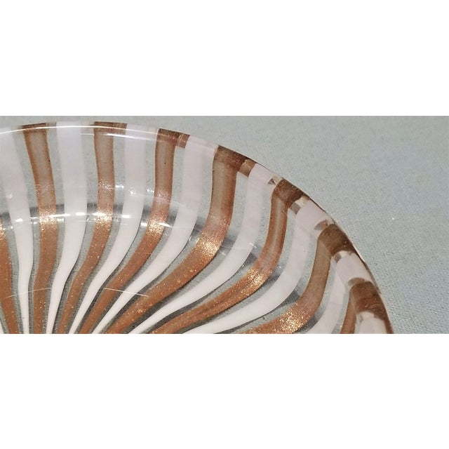 Art Glass 1950s Vintage Murano Copper and White Glass Bowl by Fratelli Toso For Sale - Image 7 of 8