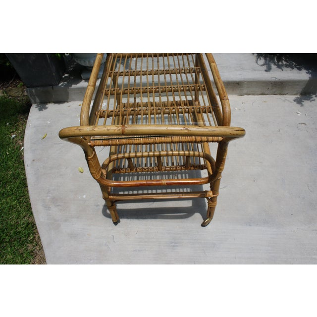 Vintage Bamboo and Rattan Bar Cart / Tea Cart For Sale In Dallas - Image 6 of 8