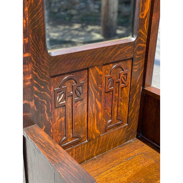 Antique Arts & Crafts Quartersawn Oak Carved Hall Tree Bench W/ Mirror For Sale - Image 4 of 13
