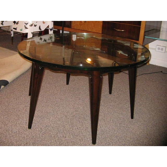 Mid-Century Modern Fontana Arte Round Cocktail Table in Mahogany and Glass Italy circa 1940 For Sale - Image 3 of 5