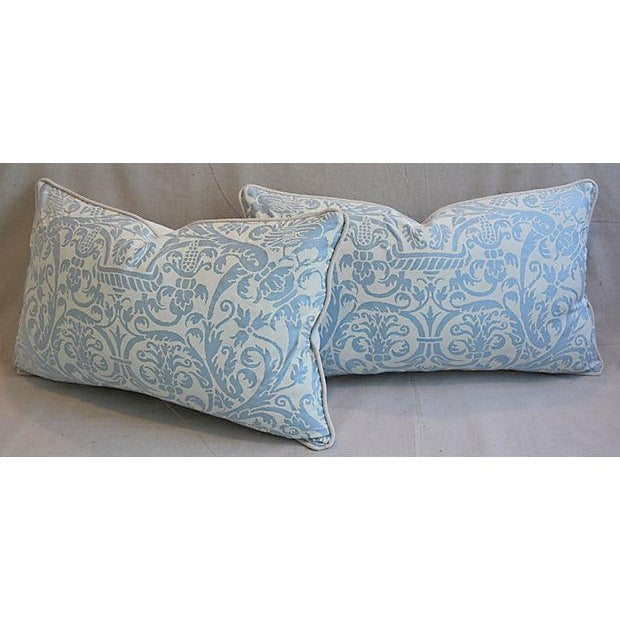 "Cotton 26"" X 16"" Custom Tailored Italian Fortuny Uccelli Feather/Down Pillows - a Pair For Sale - Image 7 of 11"