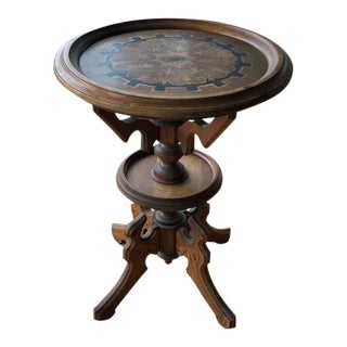 Traditional Turn of the Century Round Center Table With Inlaid Top For Sale