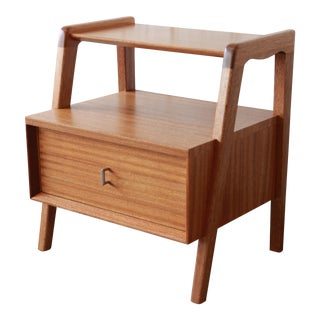 Paul Laszlo for Brown Saltman Mahogany Nightstand or Side Table For Sale