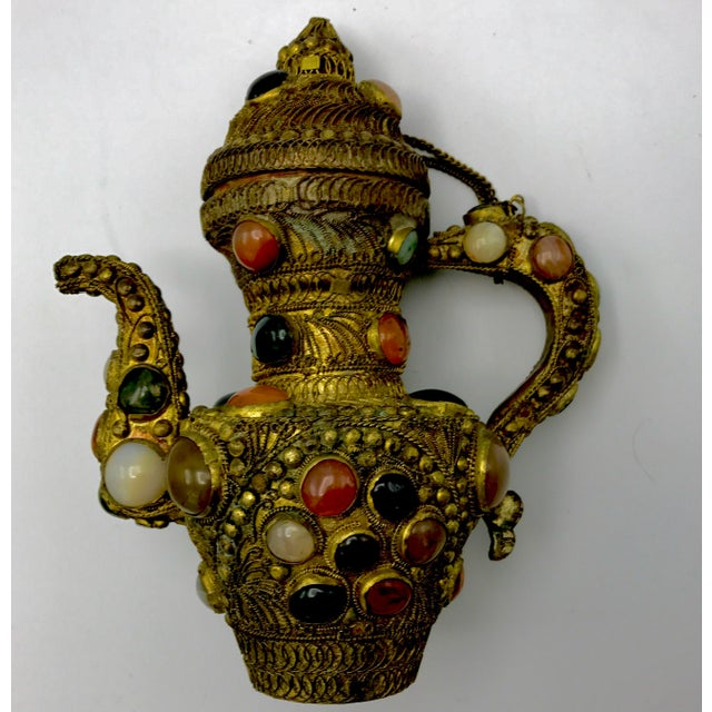 Antique 19th Century Tibetan Copper and Gold Filigree Flagon With Polished Agate Gemstones - Image 8 of 10