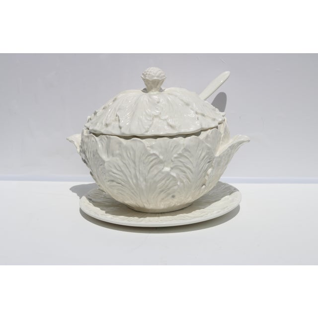 White 1950s Blanc De Chine Pottery Cabbage Leaf Soup Tureen With Ladle and Underplate - Set of 4 For Sale - Image 8 of 8