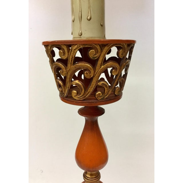 1940s 1940s Tall Hollywood Regency Deep Coral & Gold Table Lamp For Sale - Image 5 of 13