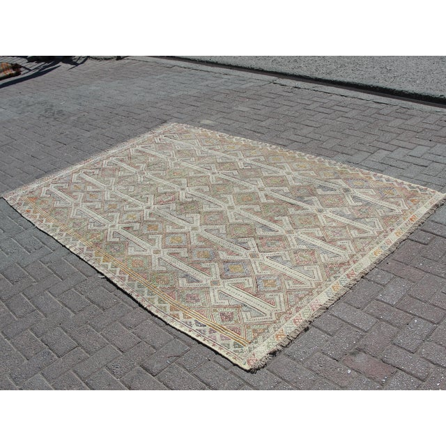 Turkish Vintage Turkish Kilim Rug - 5′7″ × 8′1″ For Sale - Image 3 of 11
