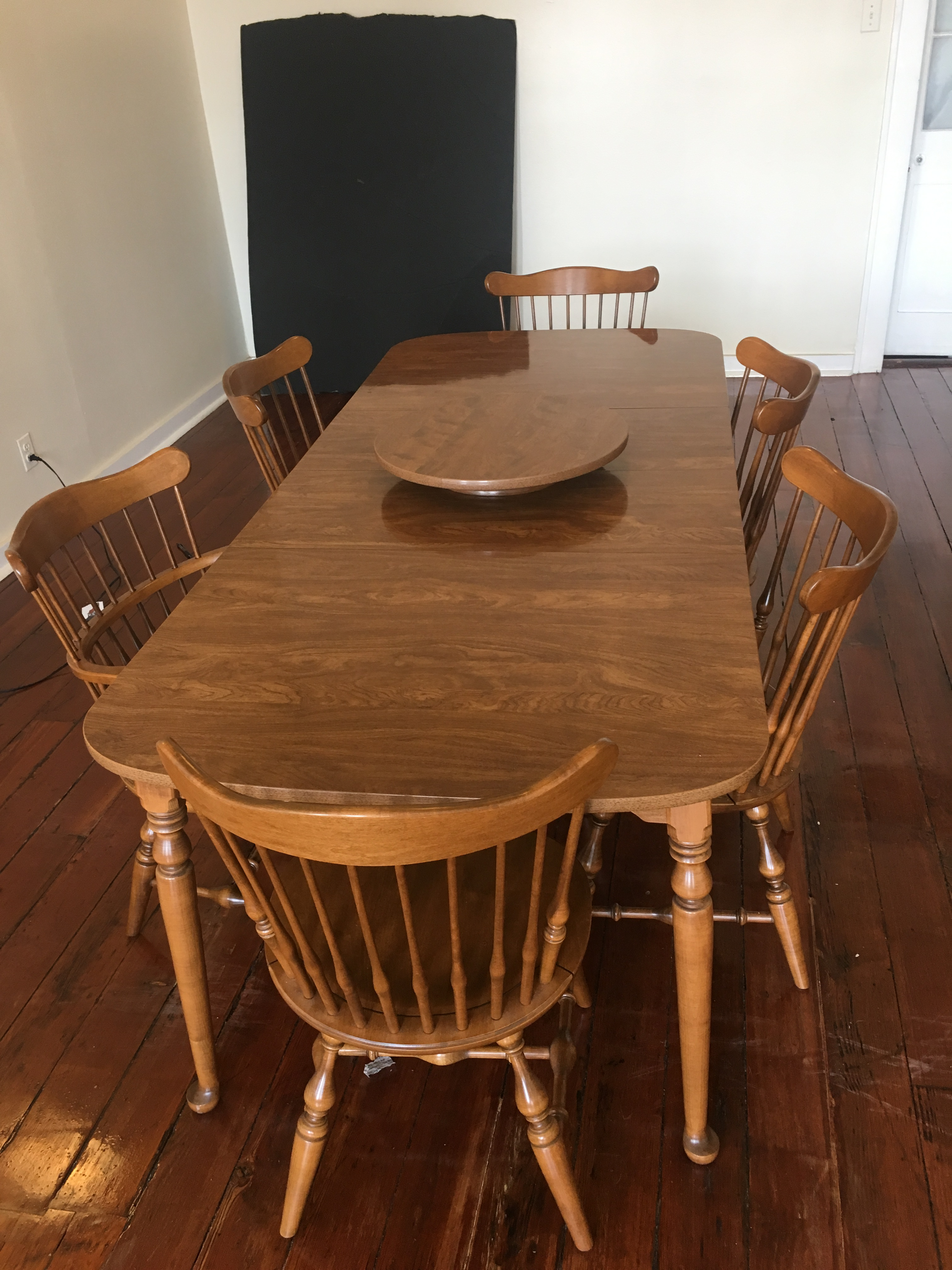 Americana Vintage Ethan Allen Colonial Style Dining Set For Sale   Image 3  Of 3