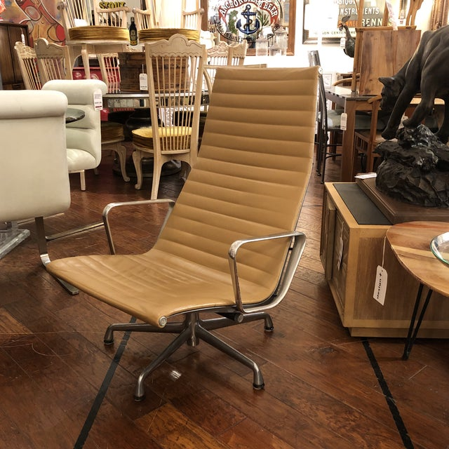 Mid-20th Century Eames Aluminum Group Lounge Chair For Sale - Image 10 of 12