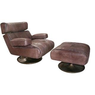 Osvaldo Borsani Model P103 Lounge Chair & Ottoman For Sale