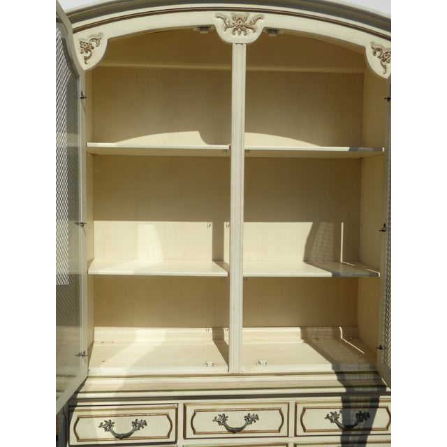 Thomasville French Country Carved Off-White Hutch - Image 6 of 11