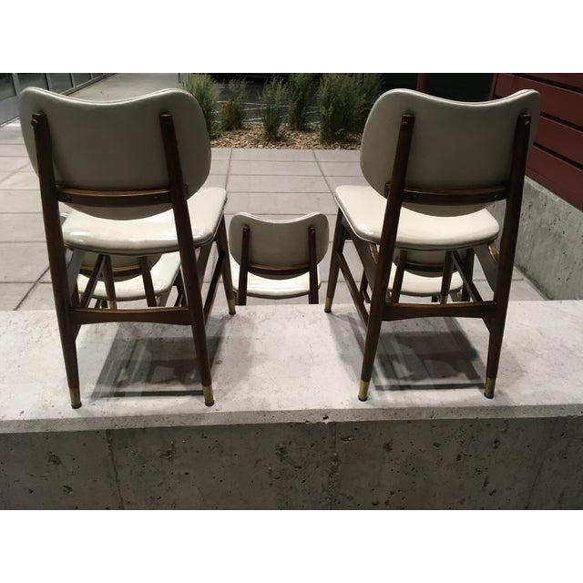 1960s Mid-Century Modern Thonet Style Walnut and Vinyl Dining Chairs by Shelby Williams - Set of 5 For Sale - Image 5 of 13