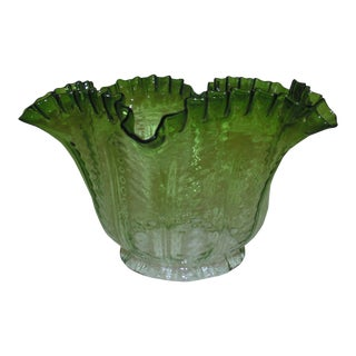 """19th C. Victorian Banquet Green Lamp Shade Oil Kerosene 4"""" Fitter Antique For Sale"""