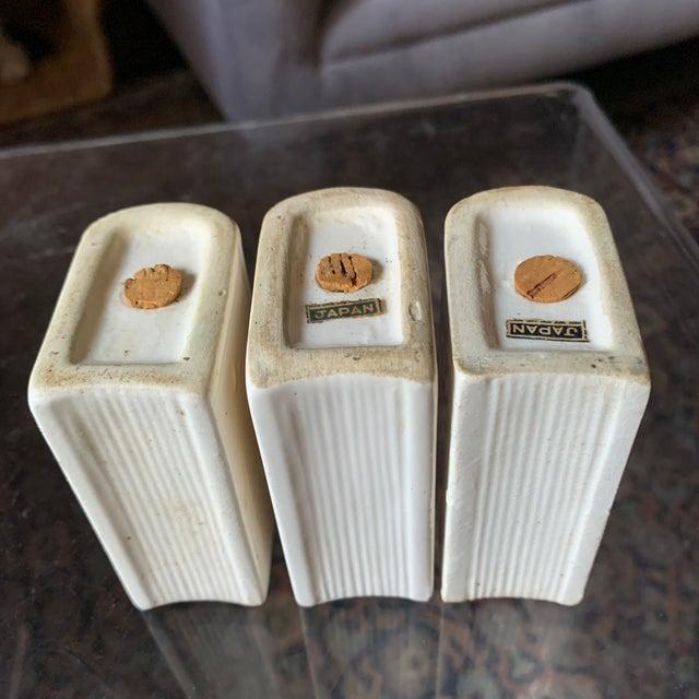 Ivory Vintage Japan Ceramic Books on Bookshelf Spice Rack - 7 Pieces - Set of 7 For Sale - Image 8 of 13