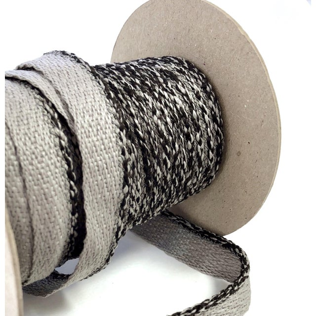 """2010s Braided 1/8"""" Indoor-Outdoor Gray Cord Trim For Sale - Image 5 of 9"""