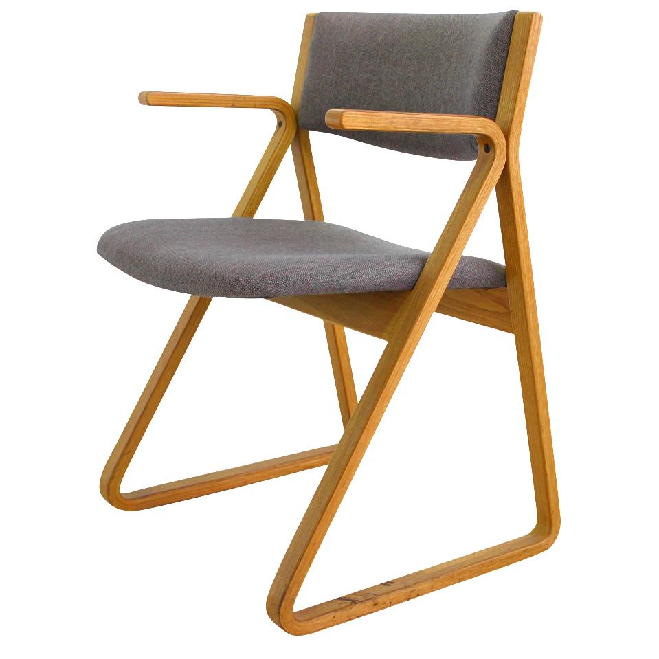 Attirant Stow Davis Mid Century Upholstered Triangle Chair