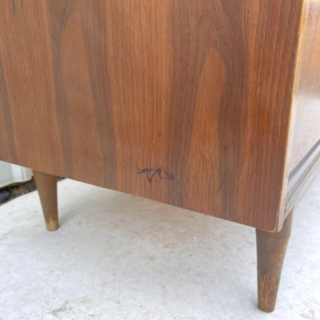 Mid-Century Modern Six Drawer Dresser For Sale - Image 10 of 13