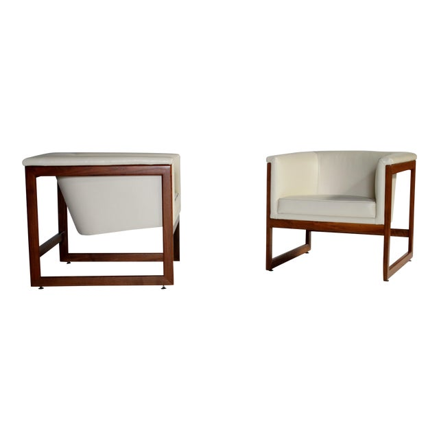Milo Baughman Floating Cube Club Chairs For Sale