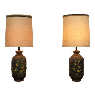 Mid Century Modern pair of ceramic lamps For Sale