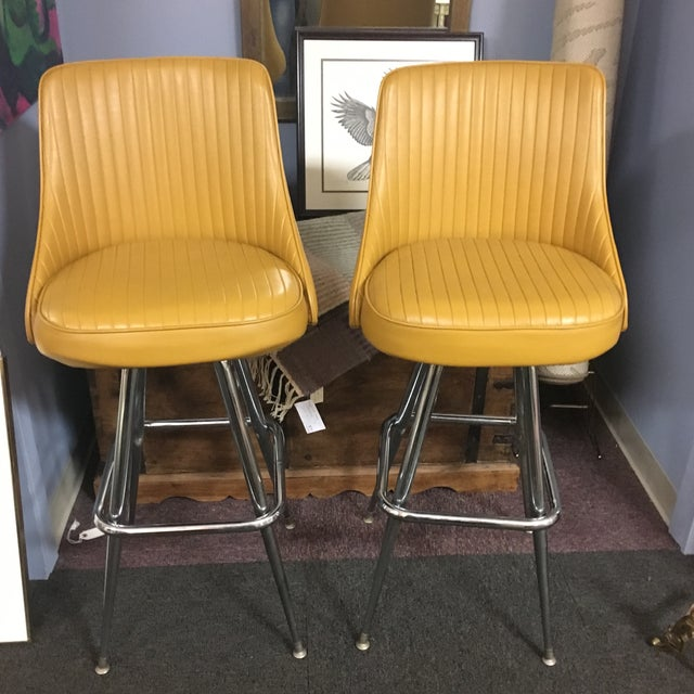 1969 Chromcraft Swivel Bar Stools - a Pair - Image 7 of 7