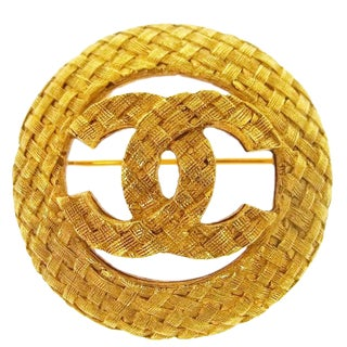 Chanel Gold Textured Logo Round Evening Pin Brooch in Box For Sale