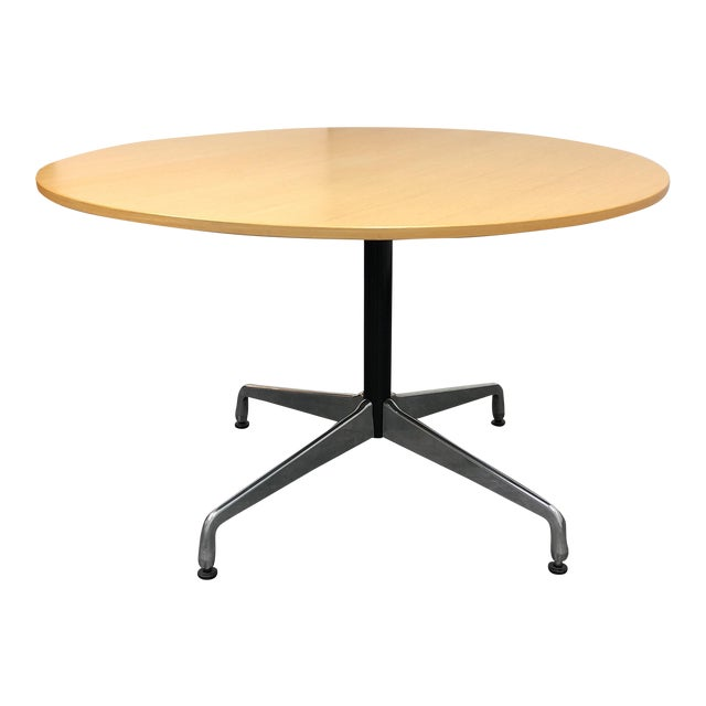 Herman Miller Eames 48 Round Dining Table