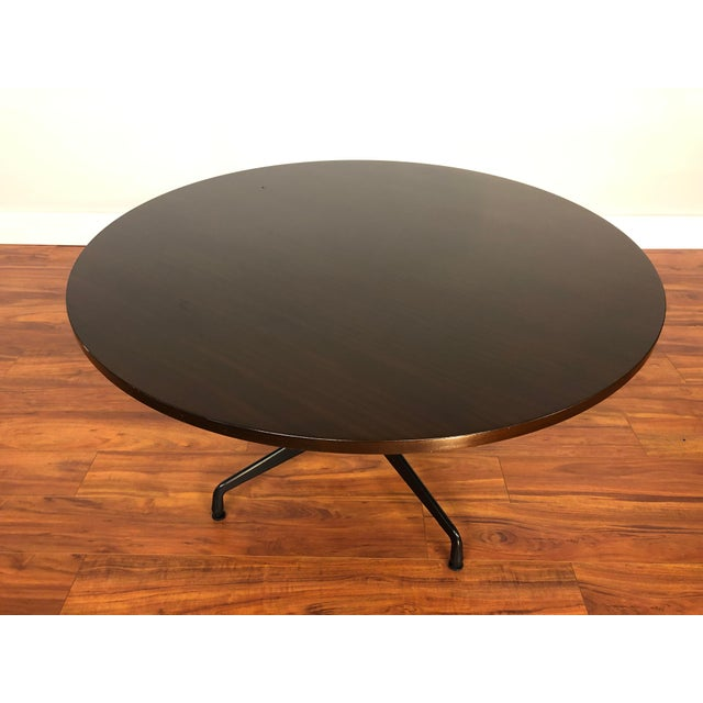 Herman Miller Ray and Charles Eames Circular Mahogany Dining Table by Herman Miller For Sale - Image 4 of 9