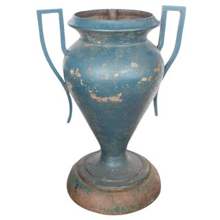 1920's Vintage Art Deco American Cast Iron Urn For Sale