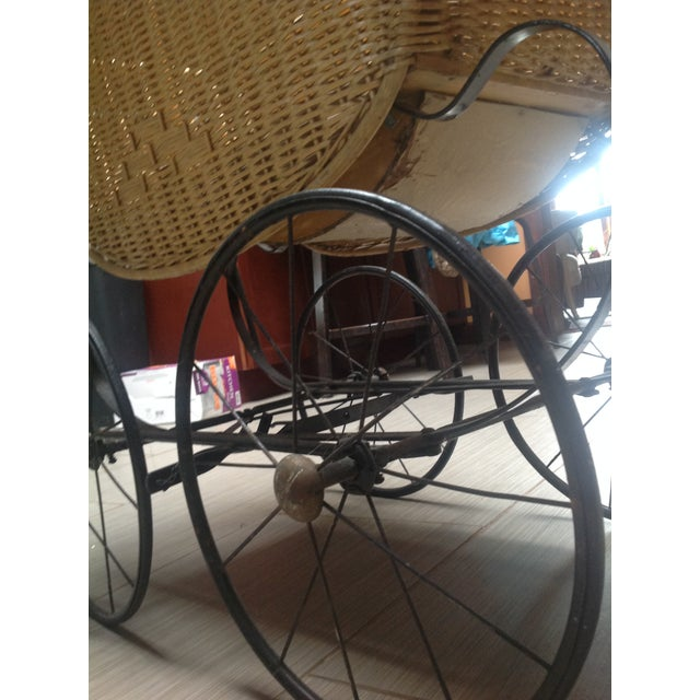 Tan Early 1900's Victorian Baby Wicker Buggy For Sale - Image 8 of 10