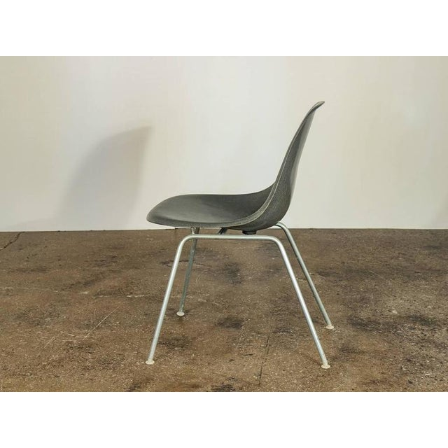 Danish Modern Charles and Ray Eames for Herman Miller Gray Shell Chair For Sale - Image 3 of 7