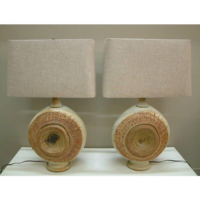 1970s Circa 1970, Bernard Rooke, Brown, Ivory, Tan, Stoneware, Table Lamps - a Pair For Sale - Image 5 of 11