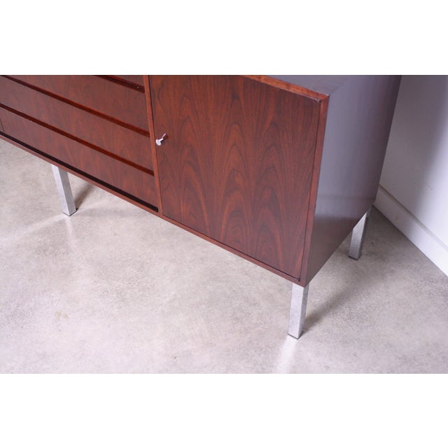 Mid-Century Modern 1950s Mid Century Modern Rosewood Credenza For Sale - Image 3 of 5