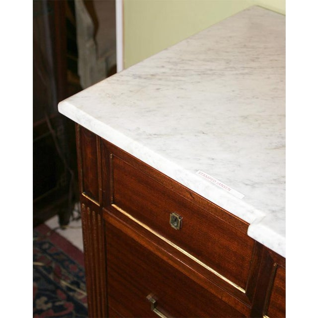 Louis XVI Style Jansen Mahogany Commode For Sale - Image 5 of 9