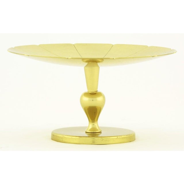 Mid-Century Modern Tommi Parzinger for Dorlyn Brass Scalloped Edge Footed Compote For Sale - Image 3 of 5