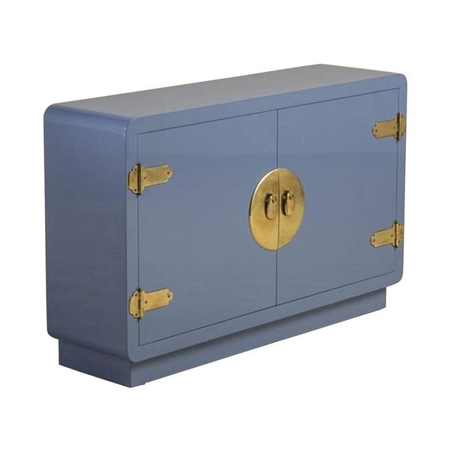 Mastercraft Console Cabinet in Soft Blue Lacquer and Brass For Sale In Dallas - Image 6 of 6