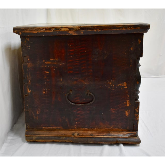 Mid 19th Century Painted Pine and Oak Trunk or Blanket Chest in Original Paint For Sale - Image 5 of 13